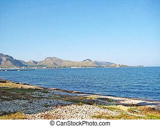 Coast north of Majorca, view towards Formentor, stony beach...