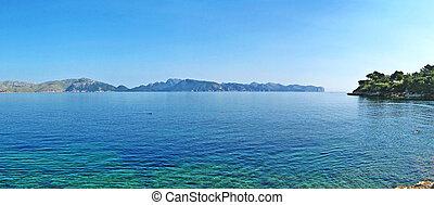 Peninsula Formentor - Bay of Pollenca - Bay of Pollenca -...