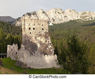 Castello or Castle Buchenstein, Italien European Alps -...