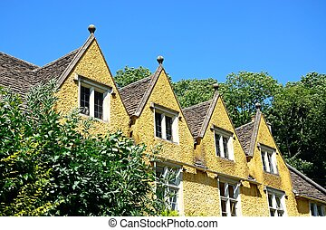 Cotswold cottages, Castle Combe. - Cotswold cottage with...