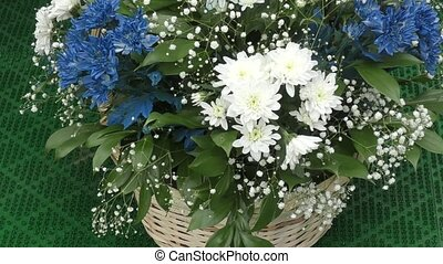 A bouquet of flowers for the wedding - Natural flower...