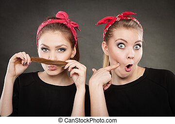 Crazy pin up retro girls making funny faces - Craze fun and...