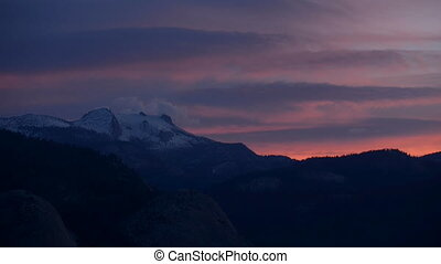 Yosemite National Park Sunrise Glacier Point Slow Pan -...