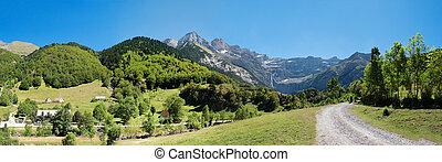 Road to Cirque de Gavarnie, Hautes-Pyrenees, France -...