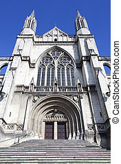 Dunedin City Cathedral - The entrance to Dunedin city StPaul...