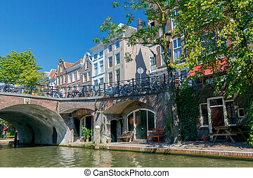 Utrecht. Old city canal. - The central old city canal around...