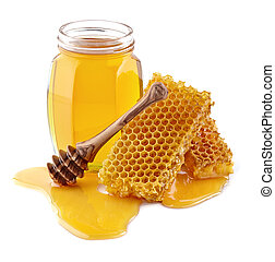 Honey with honeycombs