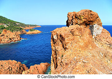 Esterel Massif - Red cliffs of the Esterel Massif in in...