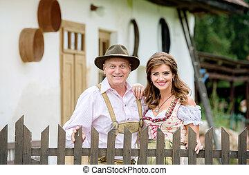 hermoso, pareja, contra, tradicional, hou, rural, Vestido,...