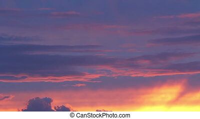 TIME-LAPSE of Bright sunset - TIME-LAPSE of Bright and...