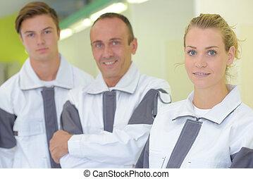 interior decorator team