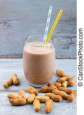 peanut butter smoothie - Peanut butter, banana, oat smoothie...