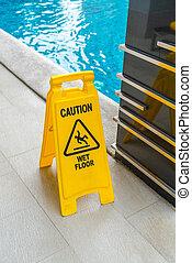 Warning sign at swimming pool . - Warning sign at swimming...