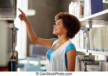 africano, Estudiante, niña, Señalar, a, libro, en,...