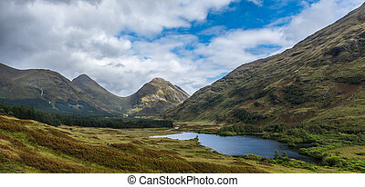 Buachaille Etive Mor and Buachaille Etive Beg from Glen...