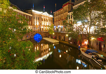 Canal Oudegracht and bridge, Utrecht, Netherlands - Canal...