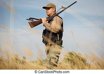 macho, cazador, en, el, bosque