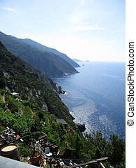 top view of the gulf of 5 Terre d - top view of the gulf of...