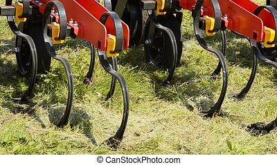 Cultivator for the soil. - Equipment for handling of the...