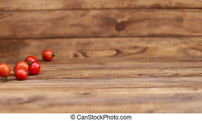 large number of tomatoes that revolve - large number of...