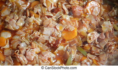 Meat in sweet and sour sauce