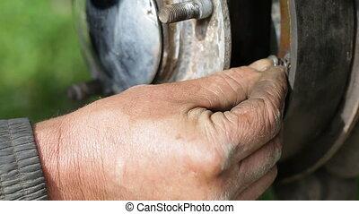 Repair of brake drum closeup
