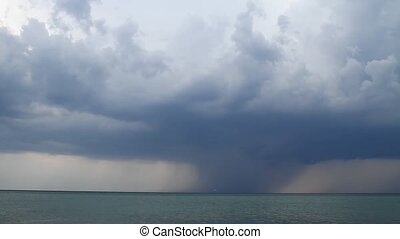 Thunderstorm over the sea - Taymlaps. Thundercloud moves...