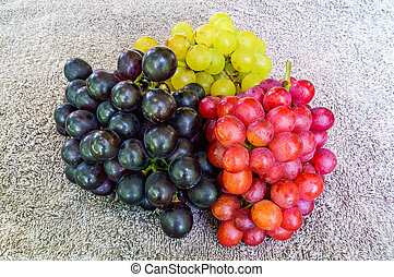 Three kinds of fresh grapes