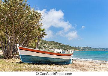 colorido, barco, acostado, en, griego, playa