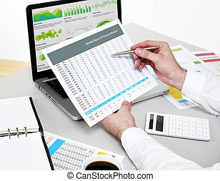 homem negócios, financeiro, plano, analisar