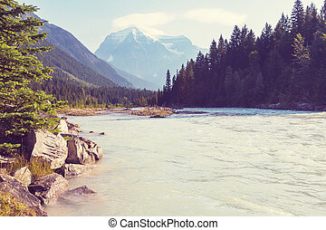Mt. Robson - Grandiose Mount Robson - the highest peak of...