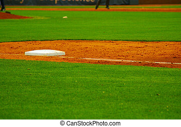 first base line on a baseball field