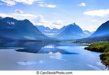 Saint Mary lake - Beautiful Saint Mary Lake in Glacier...
