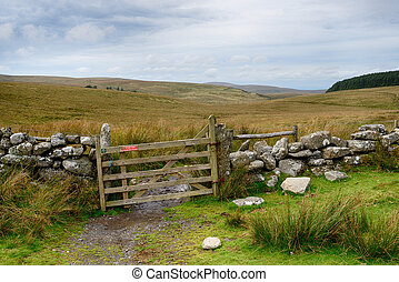 Dartmoor Gate - Hiking the route of the Ten Tors Challenge...