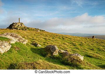 Widgery Cross on Dartmoor - Widgery Cross on top of Brat Tor...