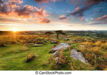 Stunning Moorland Sunset - Stunning sunset over Dartmoor...