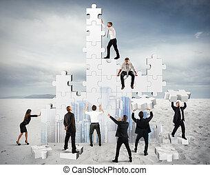 建造, 事務