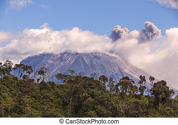 Major Eruption Of Tungurahua Volcano, South America -...
