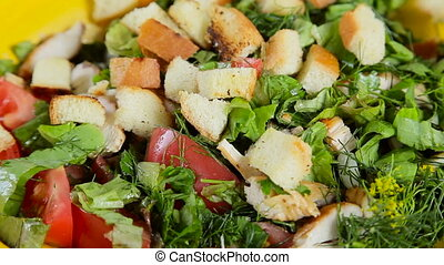 salad with crackers - cook sprinkle the salad with crackers