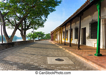 Colonial Architecture on the Waterfront - Colonial...