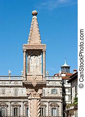 Column Shrine - Piazza delle Erbe Verona - Ancient marble...