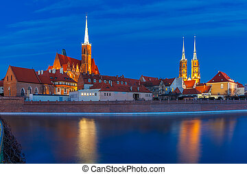 Cathedral Island at night in Wroclaw, Poland - Cathedral...