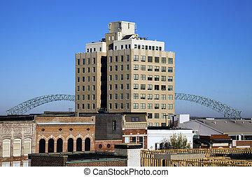 Hernando de Soto Bridge seen from downtown of Memphis,...