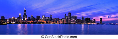 XXL - Famous Chicago Panorama. Night Time.