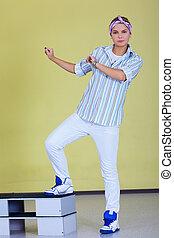 hip-hop fitness dancer
