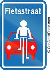 Belgian regulatory road sign - Beginning of Fietsstraat...