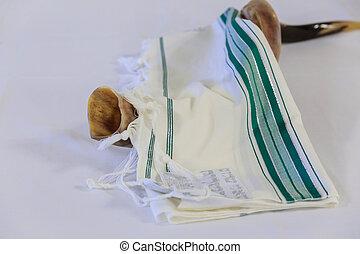 Prayer Shawl - Tallit and Shofar jewish religious symbol -...
