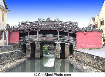 Japanese Bridge (Cau Chua Pagoda) in Hoi An, Vietnam -...