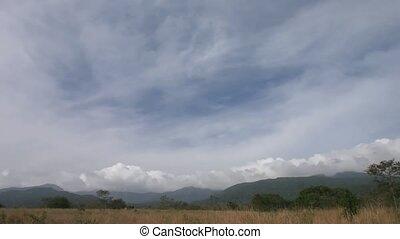 Rincon de La Vieja - Time lapse fast clouds over Mountains...