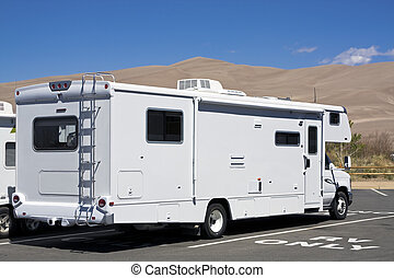 RV only - Luxury RV in Great Sand Dunes National Park in...